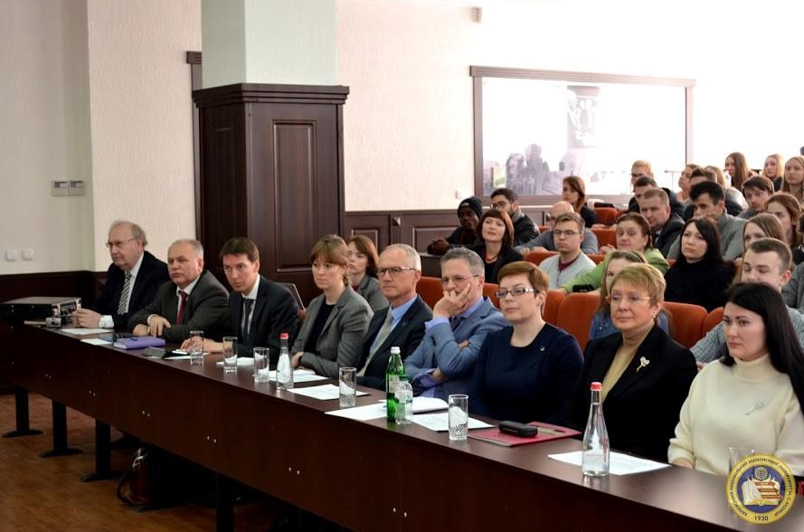 Visit-EU-Ambassador-Ukraine-Hugues-MINGARELLI-S.Kuznets-KhNUE-image-2